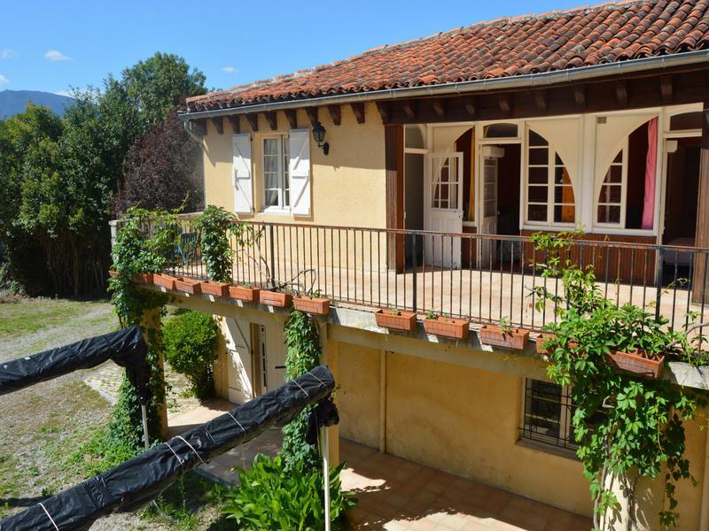 Commerce à vendre à BARBAZAN(31510) - Haute Garonne