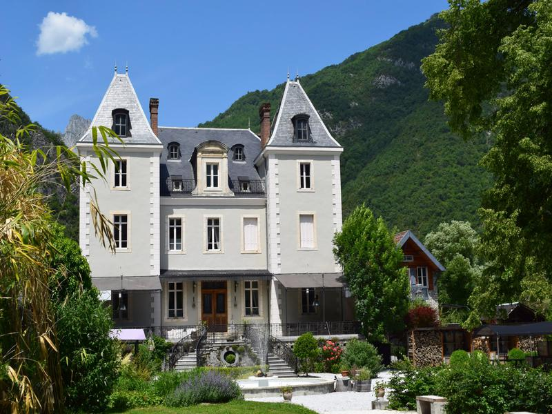 Chateau à vendre à ST BEAT(31440) - Haute Garonne