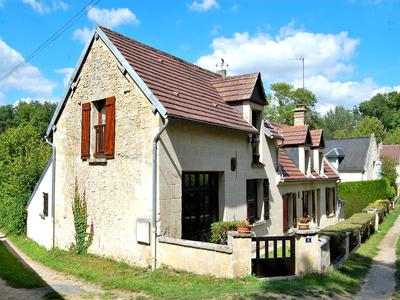 French property, houses and homes for sale in CUISE LA MOTTE Oise Picardie