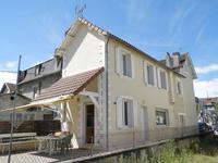 commerce à vendre à LE LARDIN ST LAZARE, Dordogne, Aquitaine, avec Leggett Immobilier
