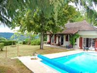 Magnifique environnement, maison de deux/trois chambres avec piscine et jardin
