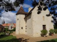 French property for sale in THOIGNE, Sarthe - €562,000 - photo 2