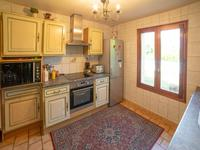 French property for sale in PELLEGRUE, Gironde - €231,000 - photo 5