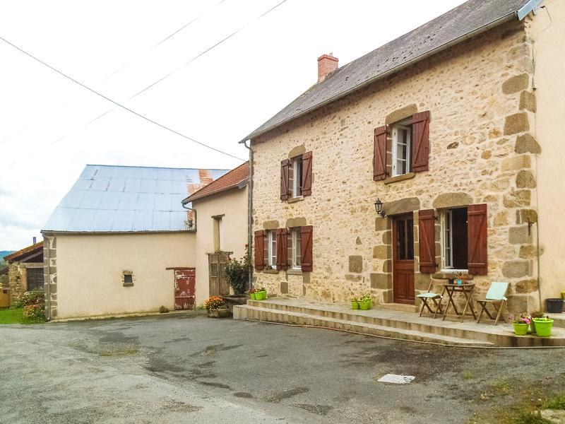 Maison à vendre à MONTAIGUT LE BLANC(23320) - Creuse