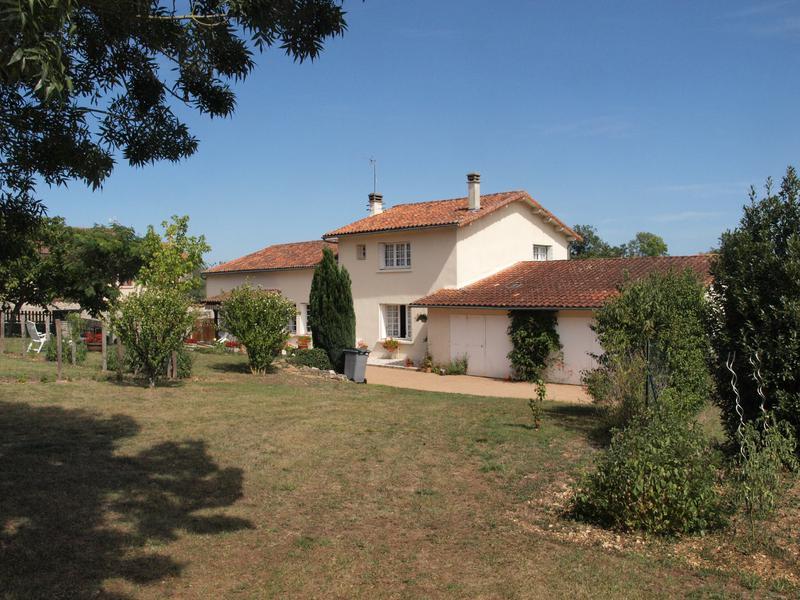 Exceptionnel Leggett: Maisons à vendre en Charente - 16 | Vente de Maisons  CP34