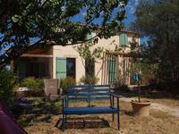 Entraigues-sur-la-Sorgues, 5mins d'Avignon, belle maison 130m² avec 4 chambres, 2 salles de bains, sur un terrain de 572m².