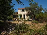 French property for sale in ENTRAIGUES SUR SORGUES, Vaucluse photo 1
