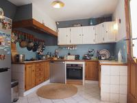 French property for sale in ENTRAIGUES SUR SORGUES, Vaucluse photo 4