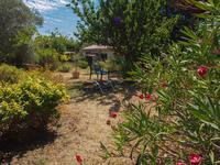 French property for sale in ENTRAIGUES SUR SORGUES, Vaucluse photo 2