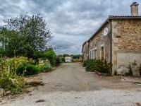 French property for sale in ALLOUE, Charente - €147,150 - photo 2