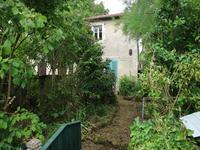 Petite maison avec une chambre dans un hameau tranquille proche de Montmorillon