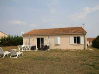 French property for sale in ST FRAIGNE, Charente - €119,900 - photo 1