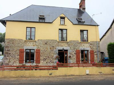 French property, houses and homes for sale in ST MARTIN DE CENILLY Manche Normandy