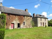 French property for sale in MOHON, Morbihan - €74,000 - photo 2