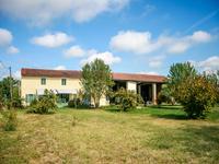 French property for sale in CASTELSARRASIN, Tarn et Garonne - €224,700 - photo 2