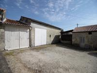 French property for sale in BRIE SOUS MATHA, Charente Maritime - €110,090 - photo 10