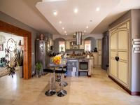 French property for sale in CARNOULES, Var photo 2