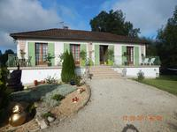 French property for sale in LISLE, Dordogne - €160,000 - photo 1