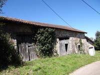 Maison à vendre à BUSSIERE BADIL en Dordogne - photo 1