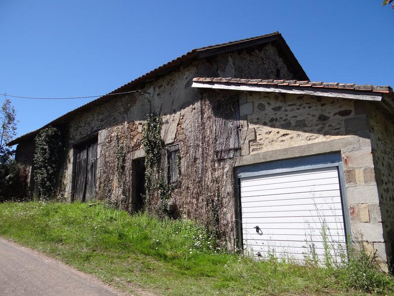 Maison à vendre à BUSSIERE BADIL (24360) - Dordogne