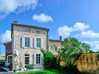 Maison à vendre à ST BRICE, Charente, Poitou_Charentes, avec Leggett Immobilier
