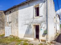 French property for sale in CHERVES RICHEMONT, Charente - €54,000 - photo 2