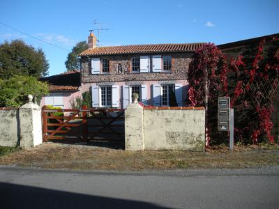French property, houses and homes for sale in ST PIERRE DU CHEMIN Vendee Pays_de_la_Loire