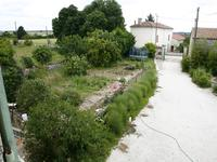 French property for sale in NERE, Charente Maritime - €194,400 - photo 2