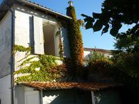 Maison à vendre à VILLEBOIS LAVALETTE en Charente - photo 1