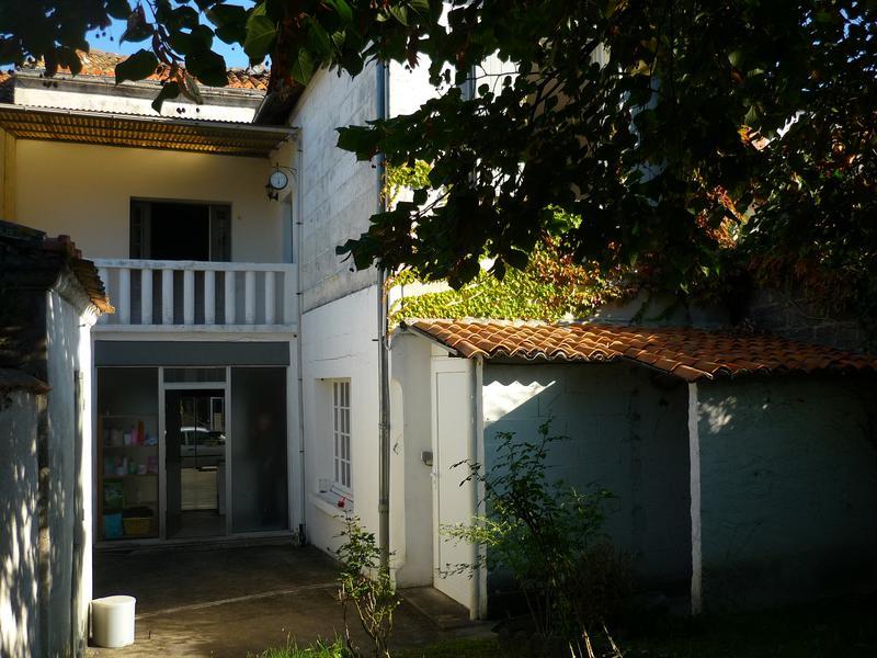 Maison à vendre à VILLEBOIS LAVALETTE(16320) - Charente