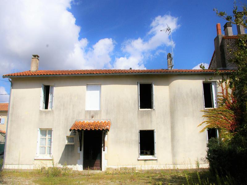 Maison à vendre à COURCOME(16240) - Charente