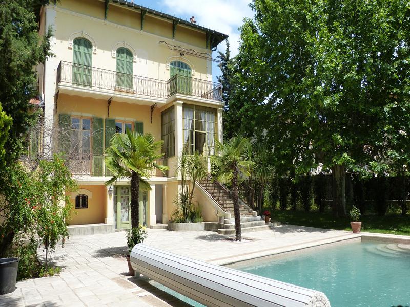 maison vendre en paca var draguignan draguignan centre ville magnifique maison de charme. Black Bedroom Furniture Sets. Home Design Ideas