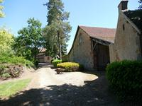 French property for sale in JALIGNY SUR BESBRE, Allier - €795,000 - photo 3