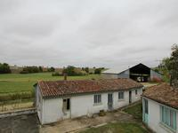 French property for sale in ST FRAIGNE, Charente - €119,900 - photo 3