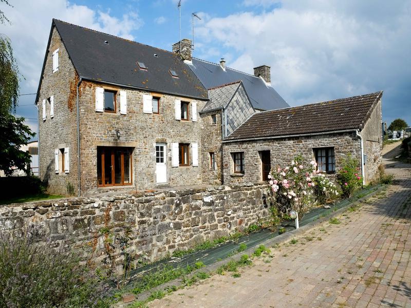 maison vendre en basse normandie manche portbail maison de caract re en pierre 4 chambres. Black Bedroom Furniture Sets. Home Design Ideas