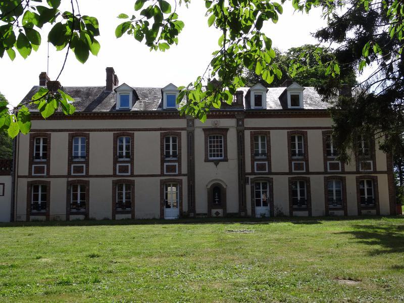 chateau vendre en haute normandie eure verneuil sur avre 100km paris secteur verneuil sur. Black Bedroom Furniture Sets. Home Design Ideas