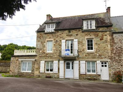 French property, houses and homes for sale in CARHAIX PLOUGUER Finistere Brittany