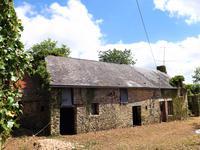 French property for sale in PRE EN PAIL, Mayenne - €30,000 - photo 2