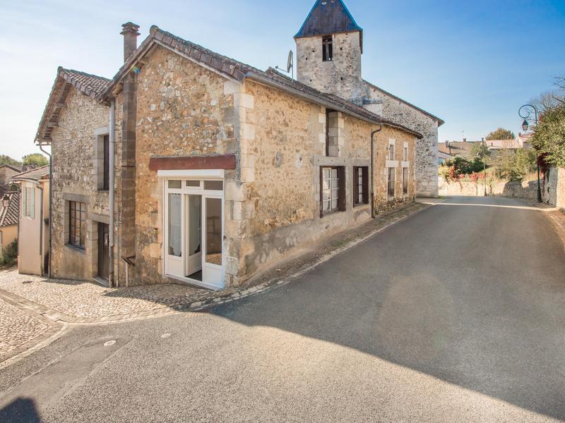 Maison vendre en aquitaine dordogne milhac de nontron for Recherche une maison a acheter