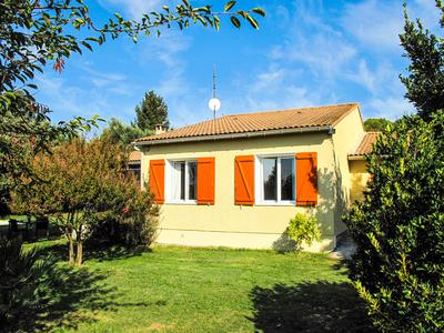 French property, houses and homes for sale in CAVILLARGUES Gard Languedoc_Roussillon