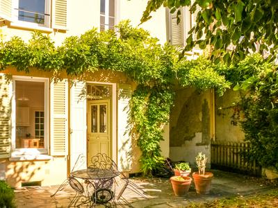 French property, houses and homes for sale in ST GERMAIN DES FOSSES Allier Auvergne