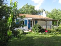 French property, houses and homes for sale inTAUGONCharente_Maritime Poitou_Charentes
