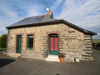 French property for sale in SENONNES, Mayenne - €164,160 - photo 2