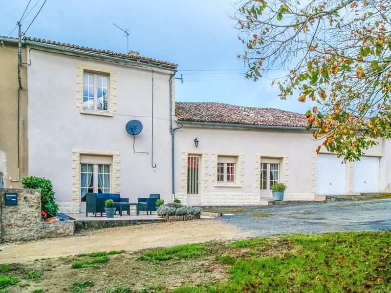 Maison à vendre à ST MARTIN DU FOUILLOUX(79420) - Deux Sevres