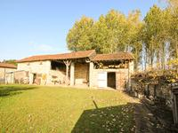 French property for sale in GUESNES, Vienne - €86,000 - photo 2