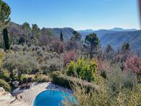 French property for sale in St Cezaire-sur-Siagne, Alpes Maritimes - €860,000 - photo 2
