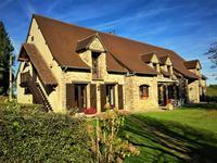 French property for sale in ST YRIEIX LA PERCHE, Haute Vienne - €529,000 - photo 9
