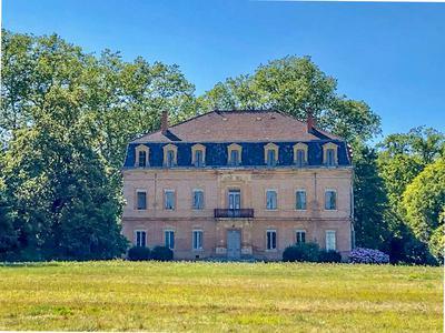 chateauin LE FOUSSERET