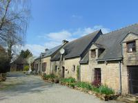 French property for sale in BIEUZY LES EAUX, Morbihan - €280,000 - photo 2