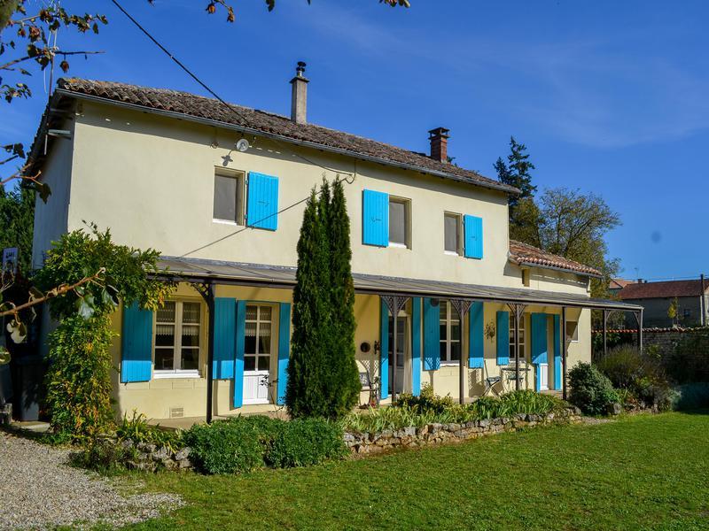 Maison à vendre en Poitou Charentes - Charente LA FORET DE TESSE ...